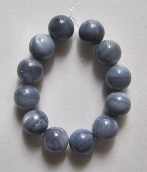12 Blue Mother of Pearl 8mm Round Beads