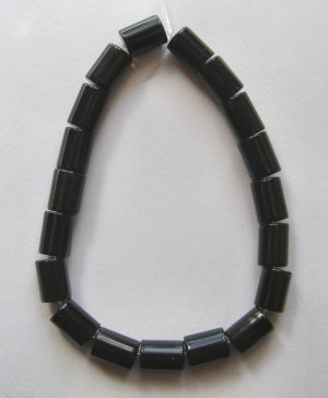 Black Glass 10x8 Drum Beads