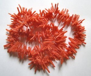 """Cuppolini Style Coral  15x2 Beads 16"""" Strand"""