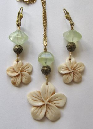 Artisan Made Necklace Set SUMMER VIOLETS Carved Bone and Prehnite