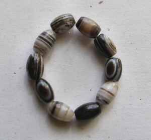 10 Sardonyx 16x10 Barrel Beads