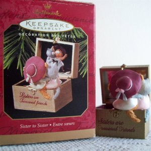 1997 Sister to Sister Hallmark Christmas Ornament Jewelry Box Squirrels Mirror