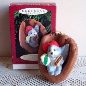 Catch the Spirit Hallmark 1995 Christmas Ornament Squirrel Baseball