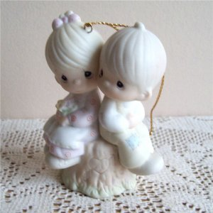 Love One Another 522929 Precious Moments 1989 Ornament