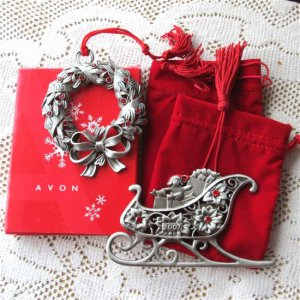 Avon Pewter Sleigh, Wreath Ornaments Annual Collectibles 2005, 2007