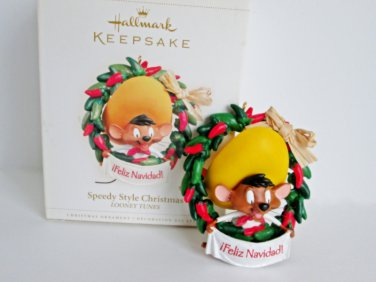 Speedy Style Christmas, Speedy Gonzales, Looney Tunes Hallmark Christmas Ornament Red Pepper Wreath