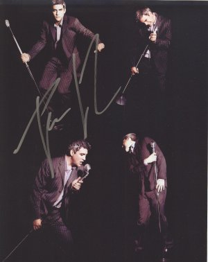 Taylor Hicks Autographed American Idol Original Hand Signed 8X10 Autograph Photo
