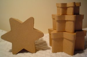 PAPER MACHE SET OF 6 POINT STAR BOX SET