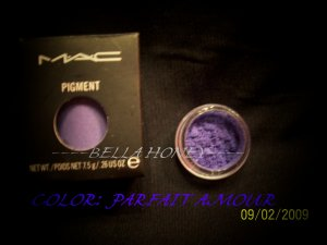 MAC PIGMENT SAMPLE *PARFAIT AMOUR*