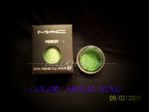 MAC PIGMENT SAMPLE *SWIMMING*