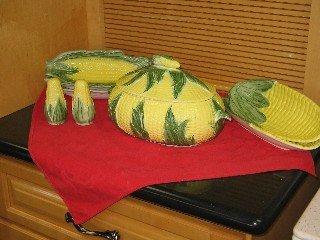Corn On the Cob Serving Bowl Relish Dishes Cob Plates Set Salt Pepper Shakers