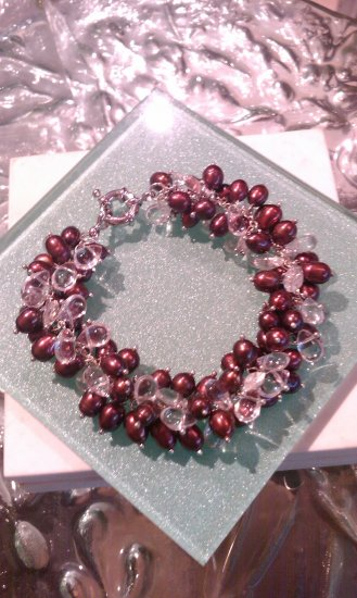 Freshwater cultured pearl and crystal bracelet