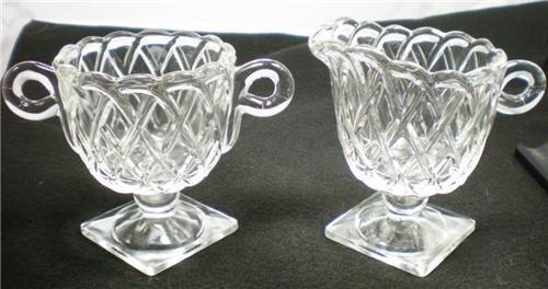 VINTAGE INDIANA GLASS CREAMER & SUGAR PRETZEL PATTERN