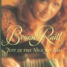 Bego, Mark. Bonnie Raitt: Just In The Nick Of Time
