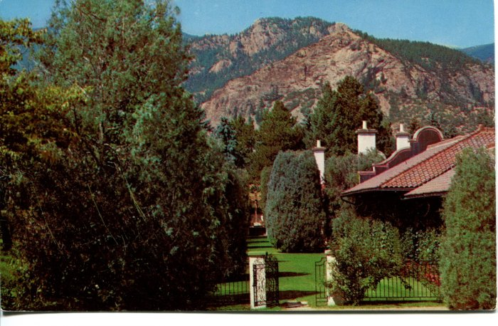 El Pomar South View Sunken Garden Colorado Post Card