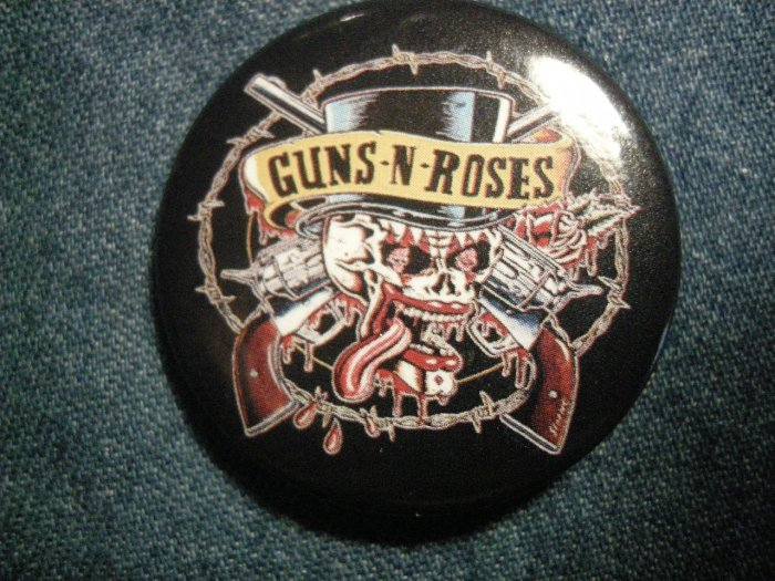 GUNS N ROSES PINBACK BUTTON top hat skull gnr VINTAGE