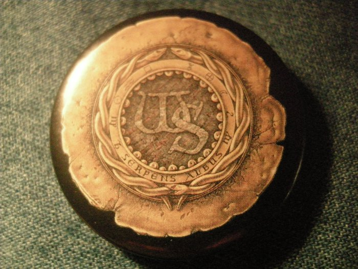 WHITESNAKE PINBACK BUTTON ws seal logo VINTAGE