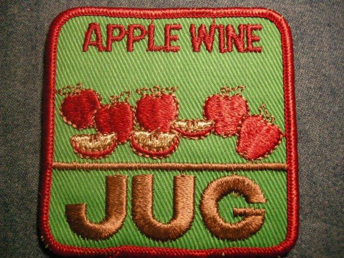 APPLE WINE JUG sew-on PATCH vintage SALE