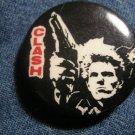 THE CLASH PINBACK BUTTON gun logo punk VINTAGE