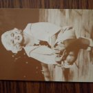 MARILYN MONROE PHOTO CARD kneeling trading vending postcard VINTAGE