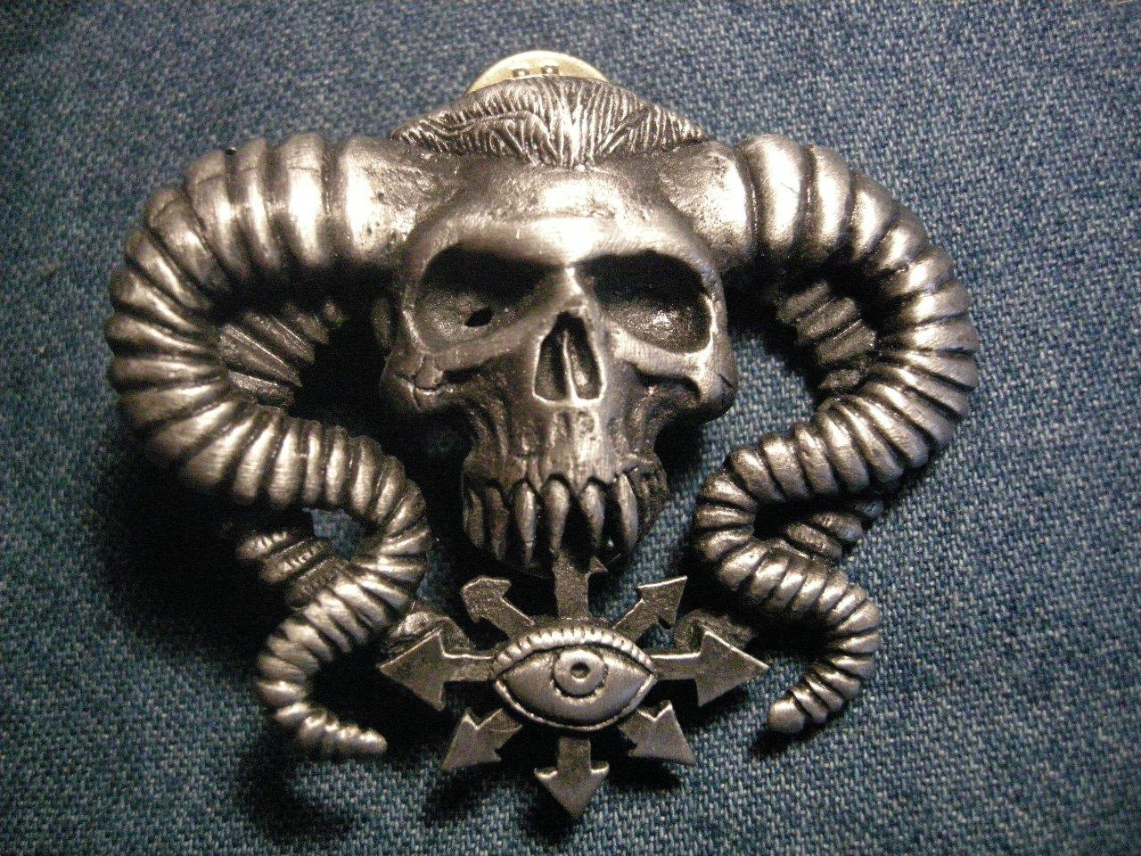 BOLT THROWER METAL PIN chaos skull logo badge IMPORT