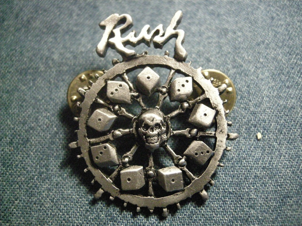 RUSH METAL PIN Roll The Bones wheel logo badge VINTAGE