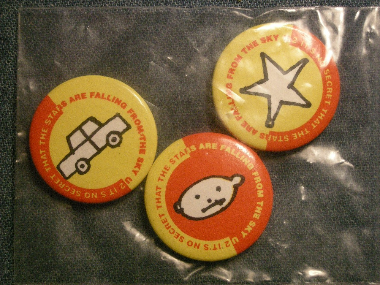 U2 PINBACK BUTTON the stars are falling from the sky bono SET OF 3