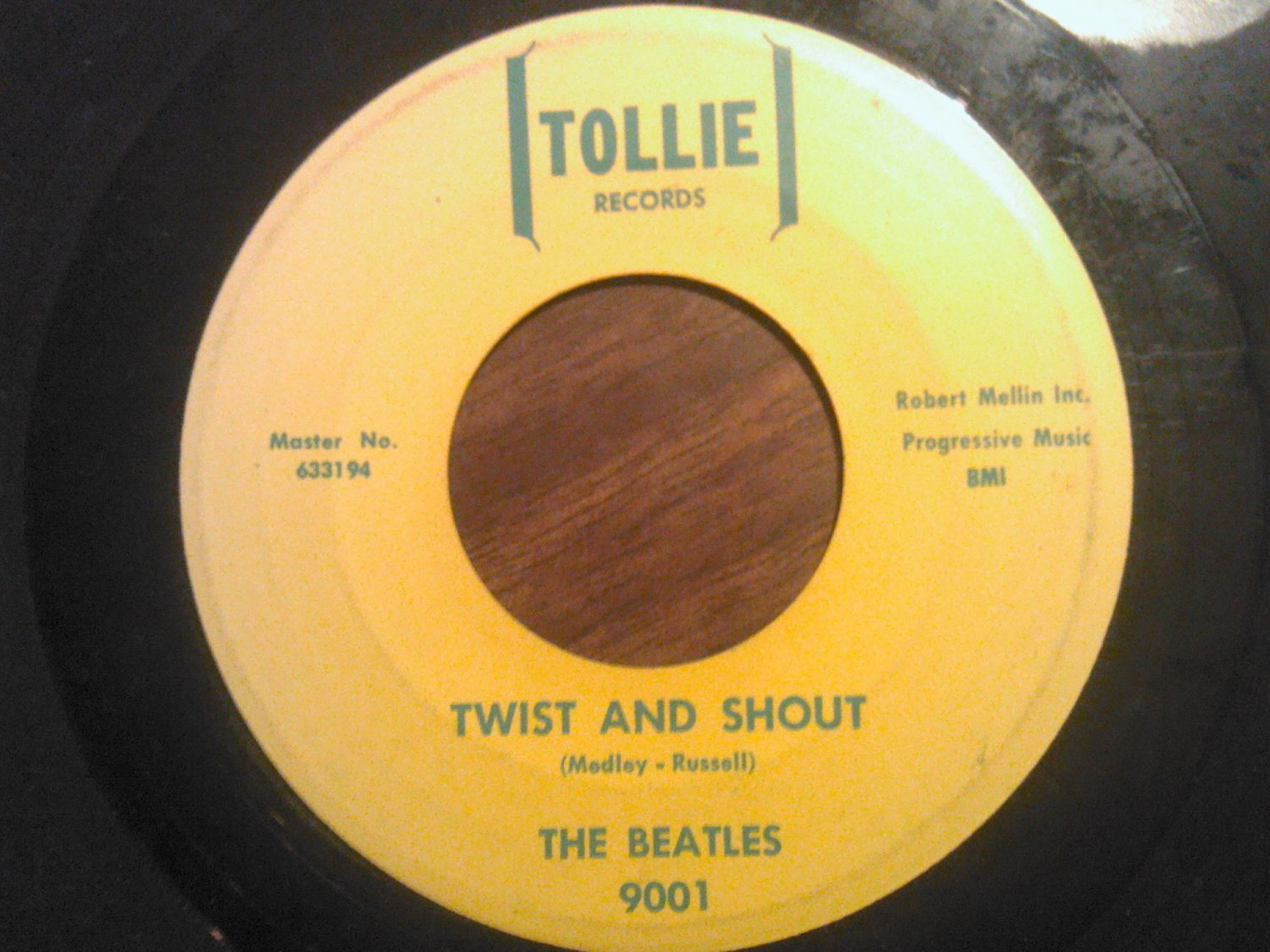 45 THE BEATLES Twist And Shout b/w There's A Place tollie yellow vintage vinyl record SALE