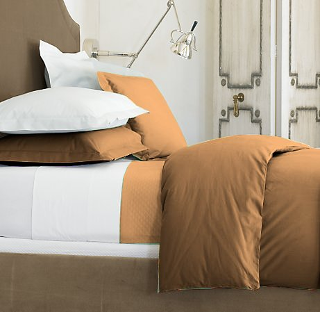 100 % Egyptian Cotton Color  Bronze 1500 TC Queen Size Solid Sheet Set.