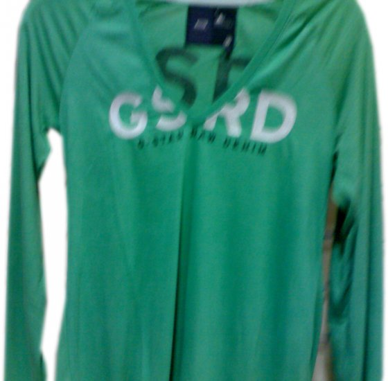 """T-SHIRT WOME'S BRANDED """"GSRD""""100%OrganicCottonSize M,L,XL,XXLCOLOR GREEN, please mention the size."""