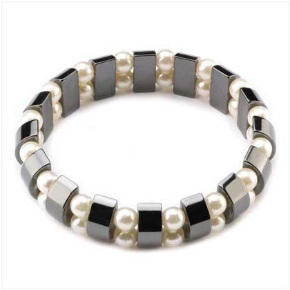 Hemetite White Pearl Bracelet