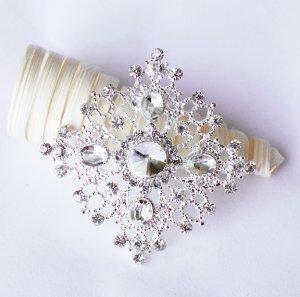 1 pc Rhinestone Crystal Diamante Silver Flower Brooch Pin Jewelry Wedding Cake Decoration BR100