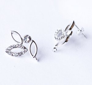 6 pcs Clear Crystal Earring EarstudsRhinestone Silver Plated EF033