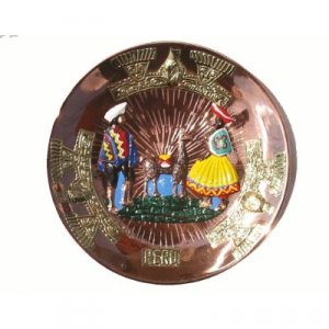 """PERU LIGHT WEIGHT COPPER DECORATIVE PLATE PLAQUE, 9"""" DIAMETER WITH SHEPHERD PEOPLE AND LLAMA MOTIF"""