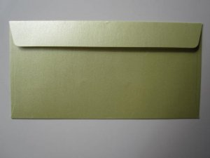 50 X DL LEMONGRASS METALLIC ENVELOPE