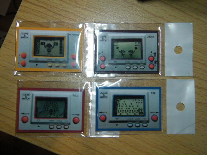 4 Magnet Nintendo Game Watch Silver Collection