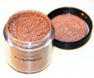 MAC Pigment in Blonde's Gold