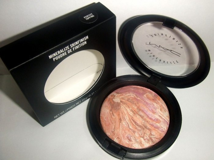 MAC Mineralized Skinfinish in Perfect Topping