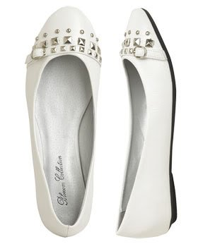 Wet Seal Stud and Buckle Flats in White (Size 7.5)