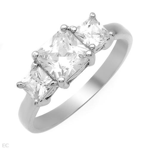 Three-stone Ring. 3.40ctw Cubic zirconia - Sterling Silver