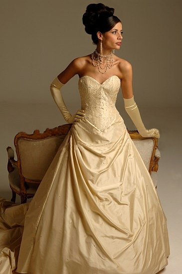 New style Custom-made wedding Dress bridal wear Gown DS036