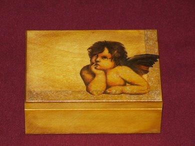 Angel's jewelry box