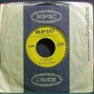 DE JOHN SISTERS~He Loves Me~EPIC 9108 VG+ 45