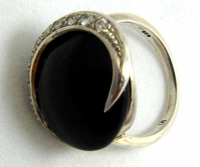 Elegant Onyx  Moon Ring