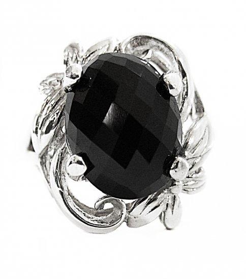 Elegant Onyx Ring