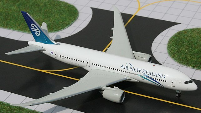 GeminiJets 1:400 Air New Zealand Boeing 787 ANZ00002