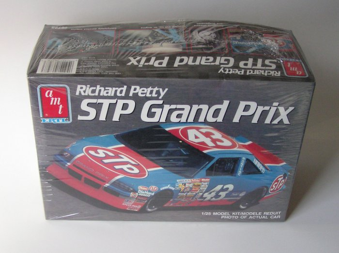 Richard Petty STP #43 Grand Prix AMT Ertl Model Kit