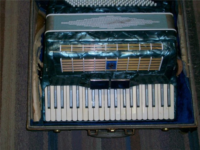 chicago musical instruments - by owner - craigslist