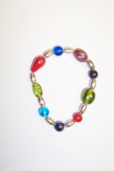 Mutli colored glass stretch bracelet