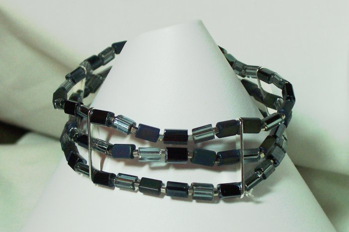 black and silver stretch bracelet